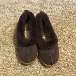 UGG Slip on shoes